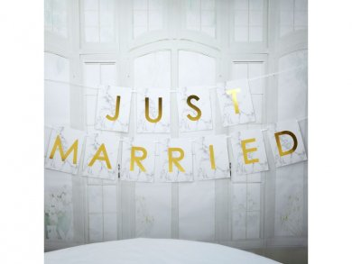 Scripted Marble Just Married Bunting (1,8m)
